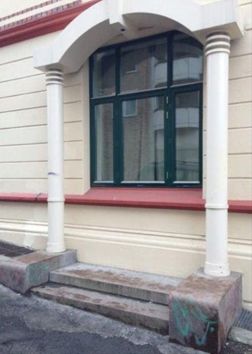 ventana por puerta