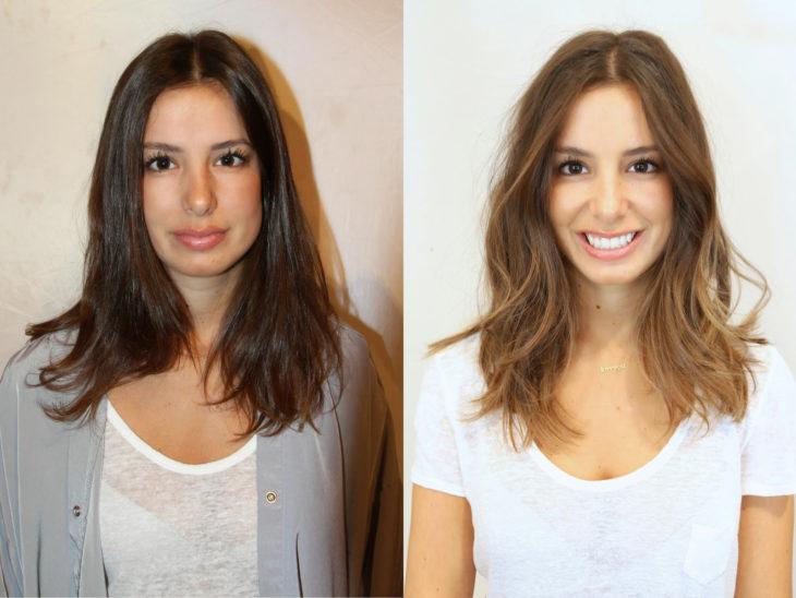 Mujer se tiñe el cabello
