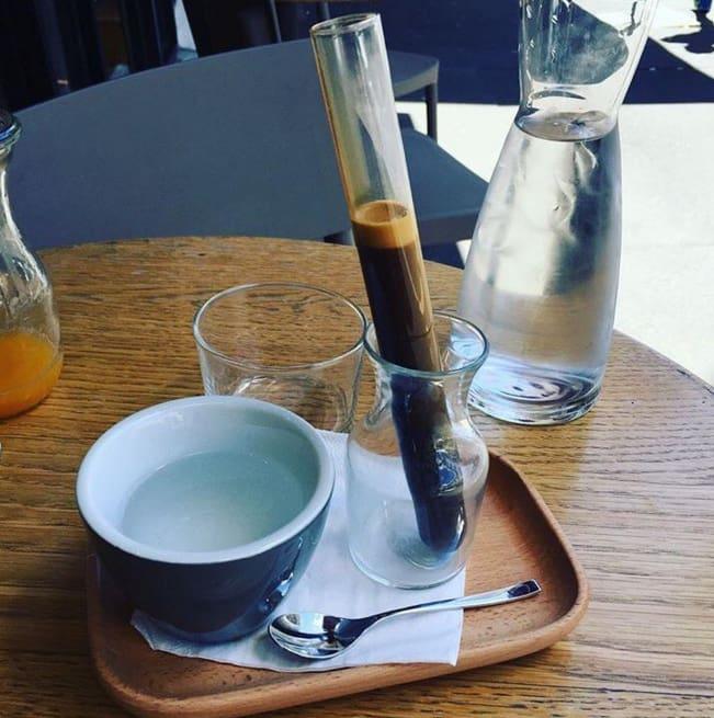 café hipster desintegrado