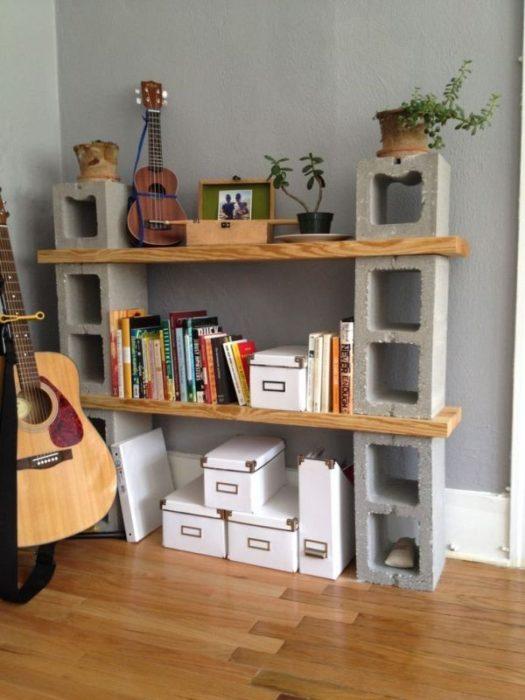 Книжный шкаф с блоками