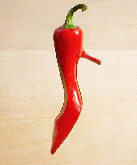 Fotomontajes - chile en zapato rojo