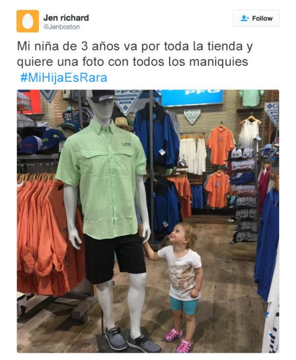 Tuits niños raros - fotos con maniquies