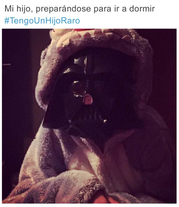 Tuits niños raros - máscara darth vader