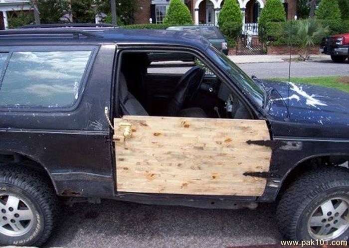 Camioneta sin puerta
