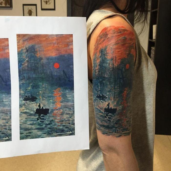 Una obra de arte de Monet hecho un tatuaje en el brazo