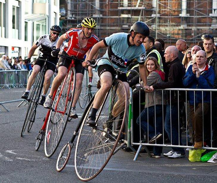 carrera de bicicletas antiguas
