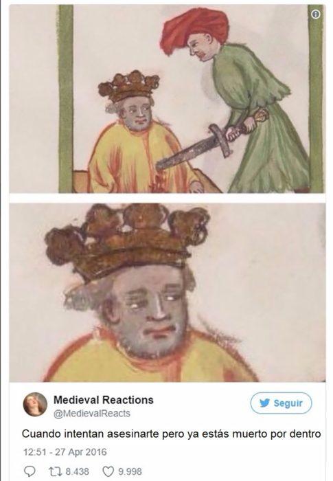 Hombre clavado con una espada con cara despreocupada