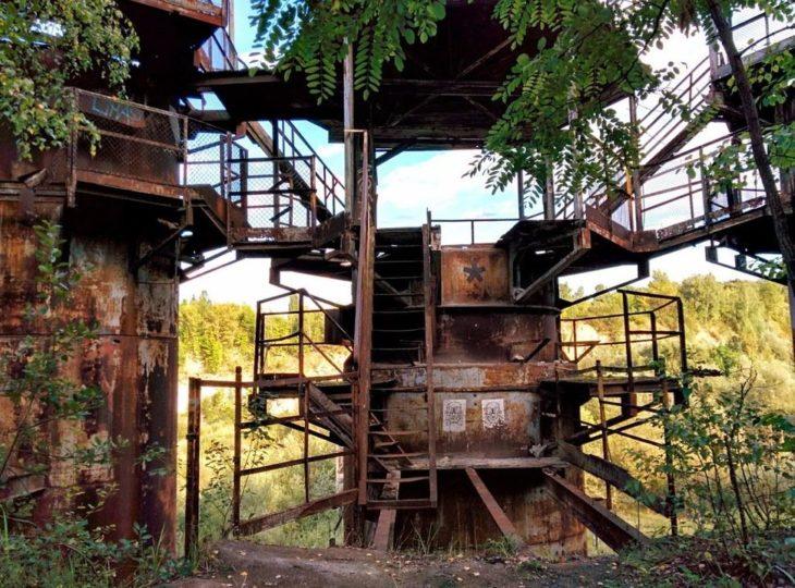 Este fue el set para la lista de Schindler, el campo de concetrantación esta abandonado ahora