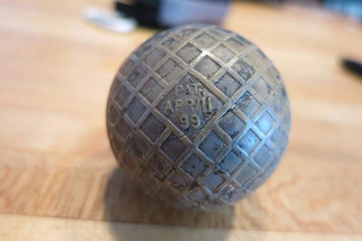 vieja pelota de golf de 1899