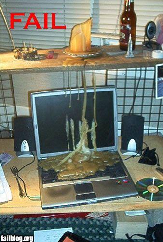 Computadora llena de cera