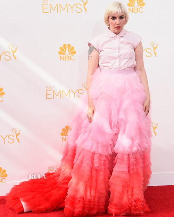 Lena vestido ridículo