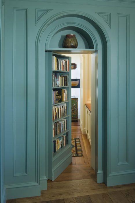 librero puerta