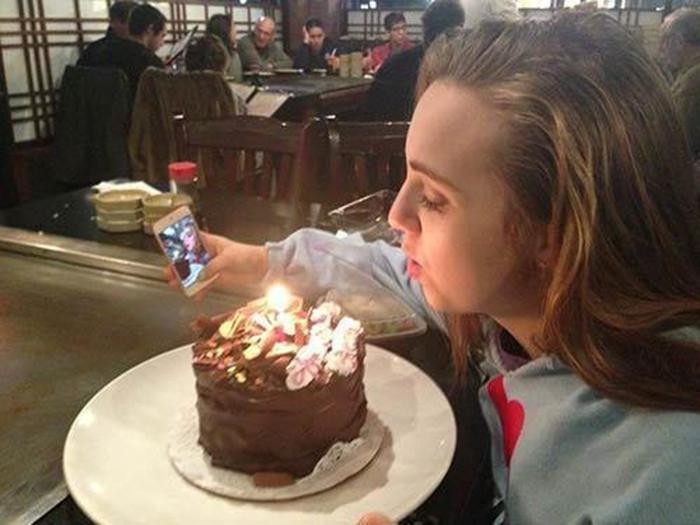Selfie triste cumpleaños