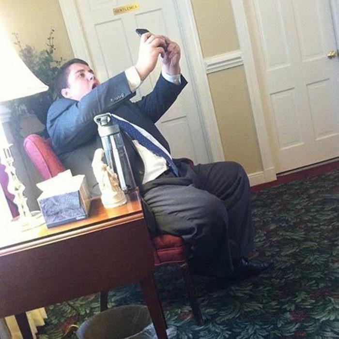 Selfie fail en el sillón