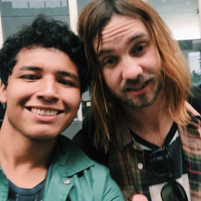 selfie con famosos tame impala
