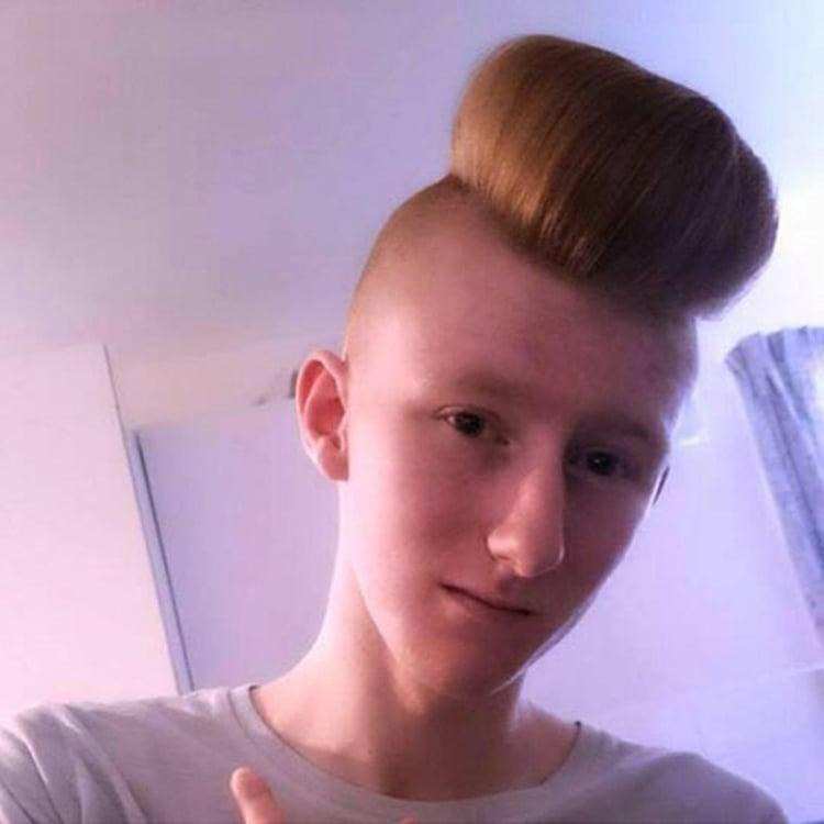Corte de pelo ridiculo hombre