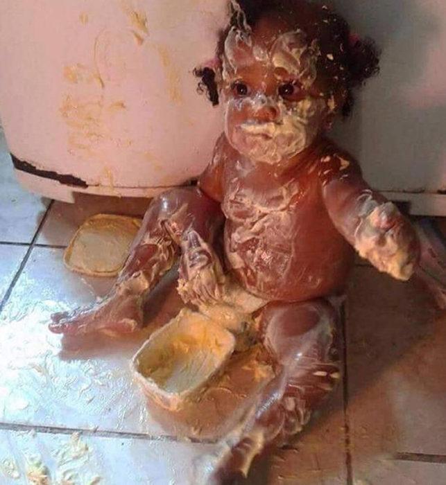 Bebé se llena de mantequilla