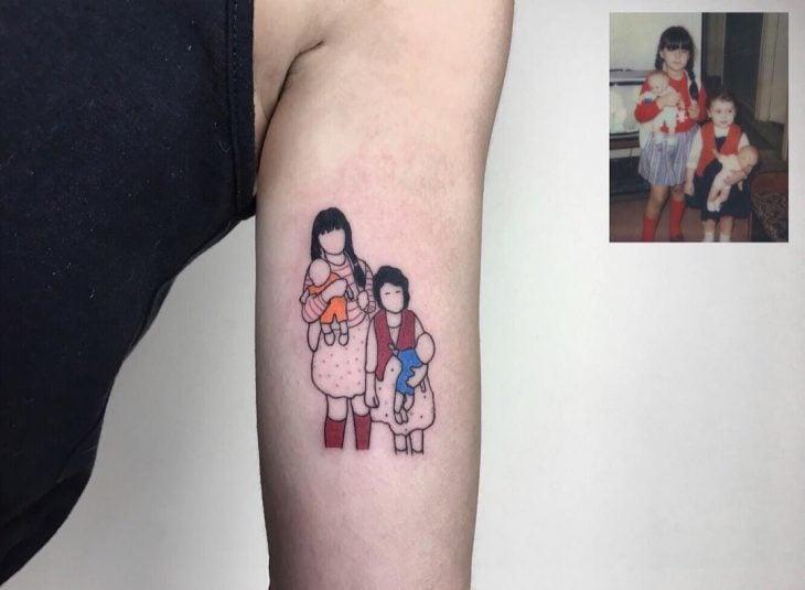 Tatuaje foto infancia - dos niñas