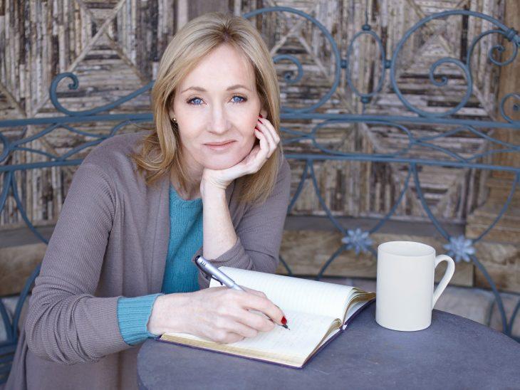 J.K. Rowling Recreoviral.com