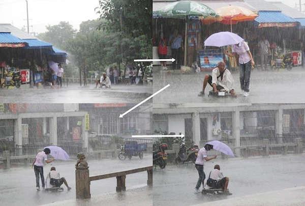 Cubre con paraguas a hombre