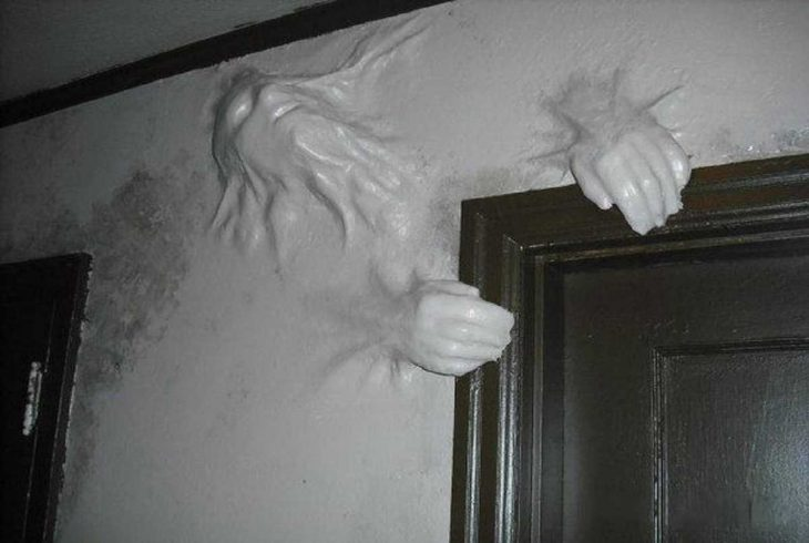 pared fotografías perturbadoras