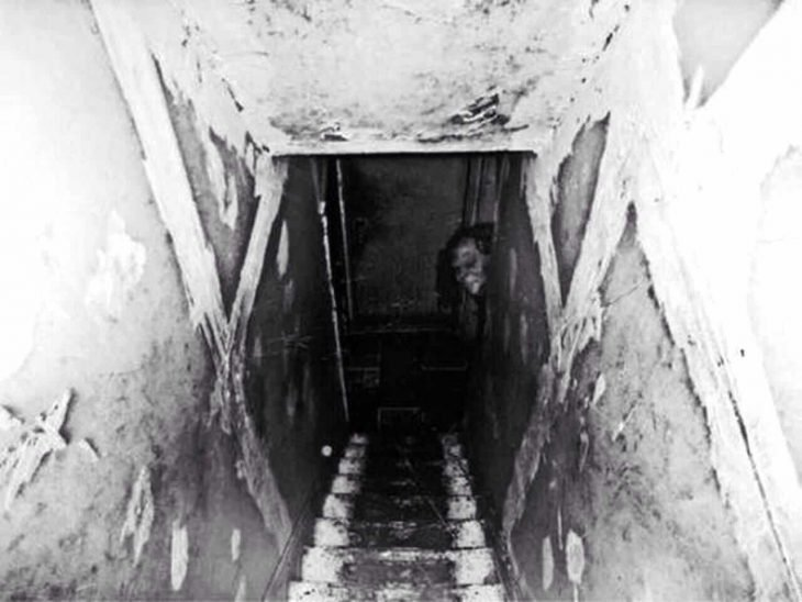 escaleras fotografías perturbadoras