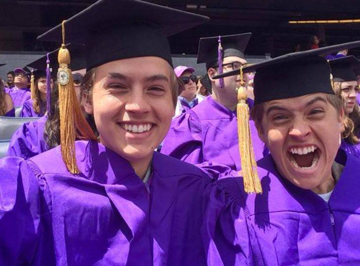 gemelos universitarios