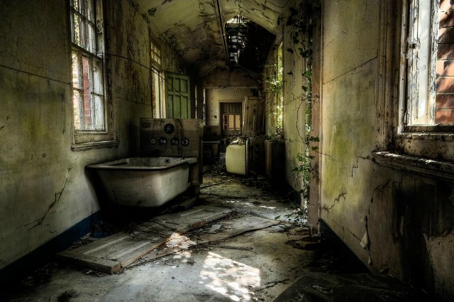 baño abandonado