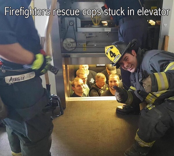 rescatados por los amigos