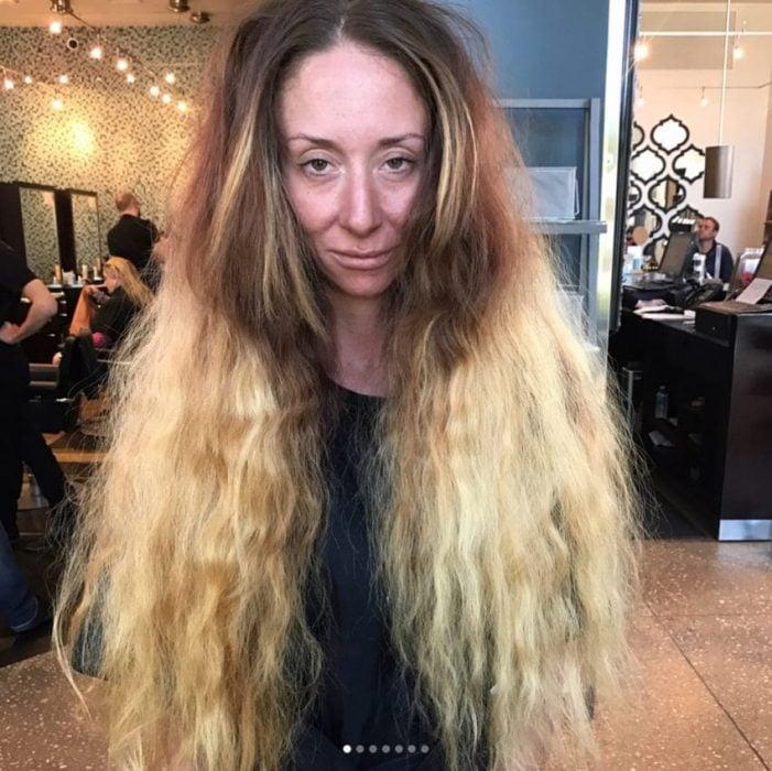 mujer cabello largo horrible