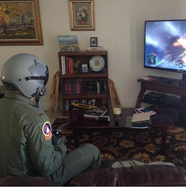 soldado jugando