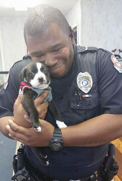 policía perrito