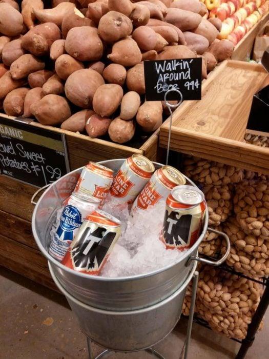 cerveza gratis mientras compras