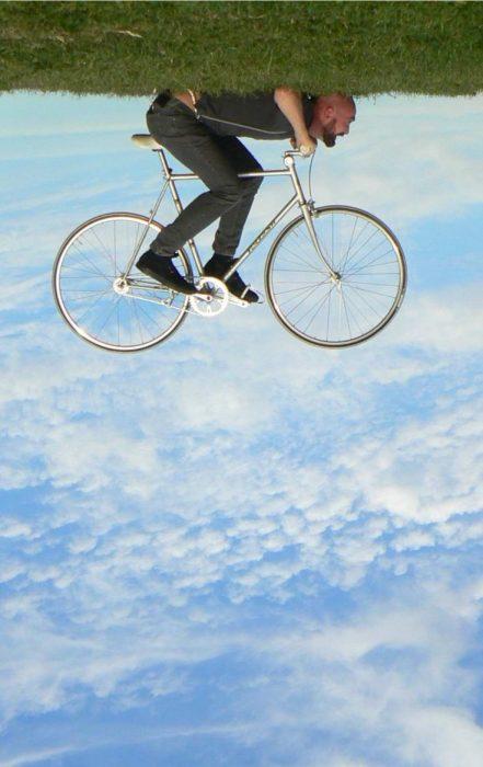 bicicleta en el cielo