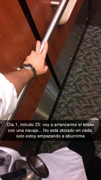 atorado en elevador brazo
