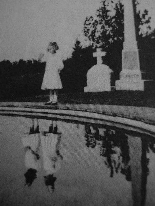 foto gemelas reflejo