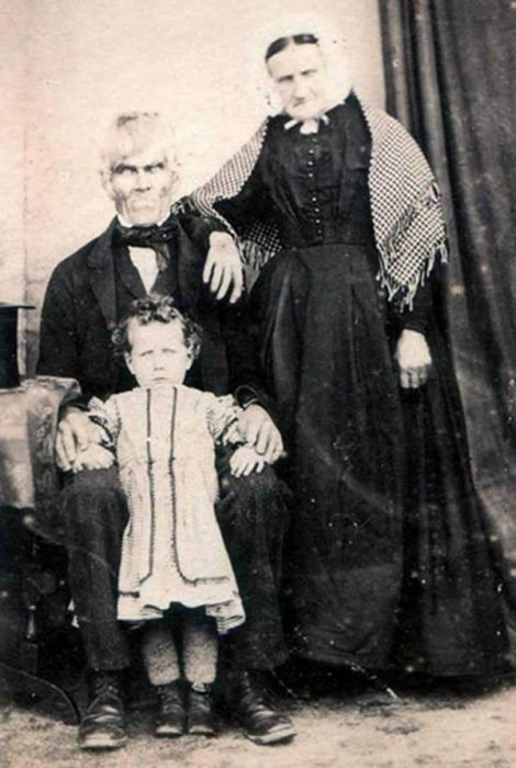 foto familia fantasma