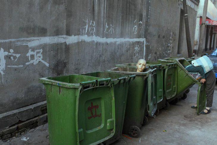 bote basura maniquí
