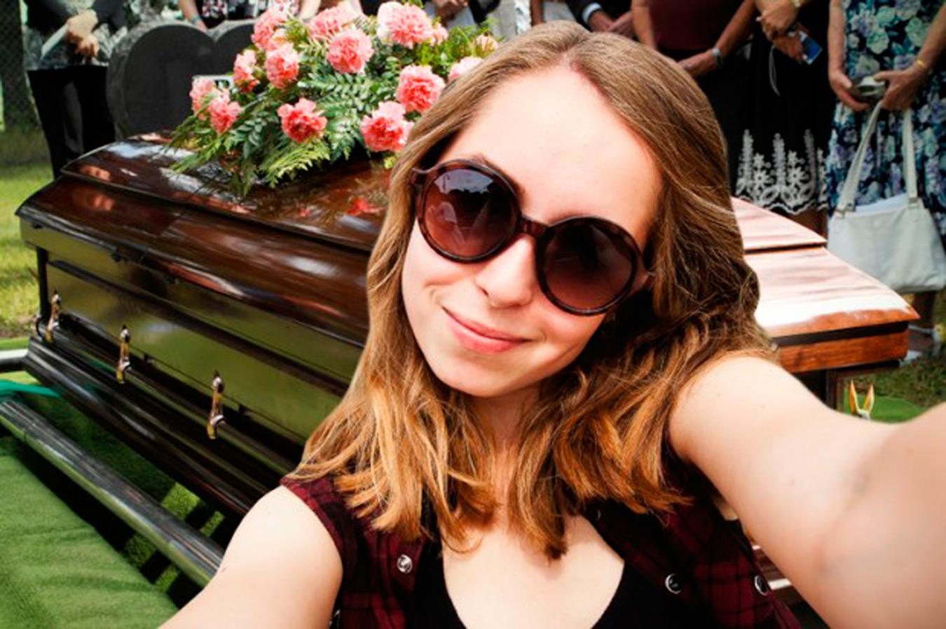 13 Personas que se tomaron una selfie en el momento menos indicado