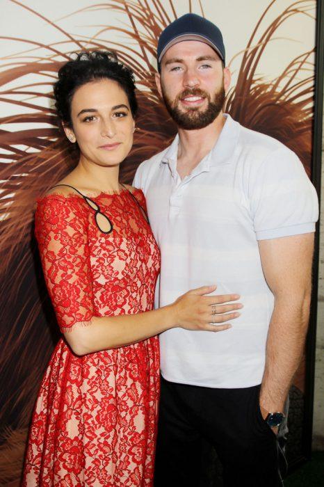 Jenny SLat novia Chris Evnas