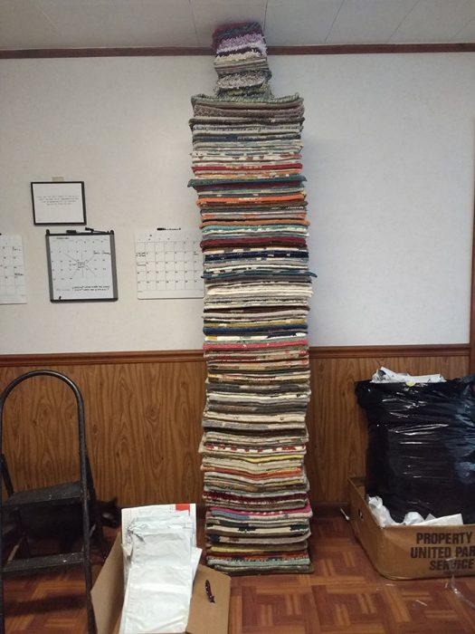 Torre de muestras de alfombra