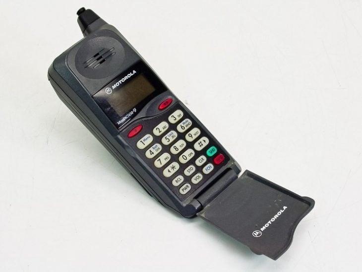 telefono celular antiguo