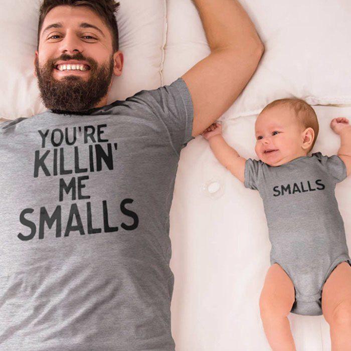 papa e hijo sonrriendo
