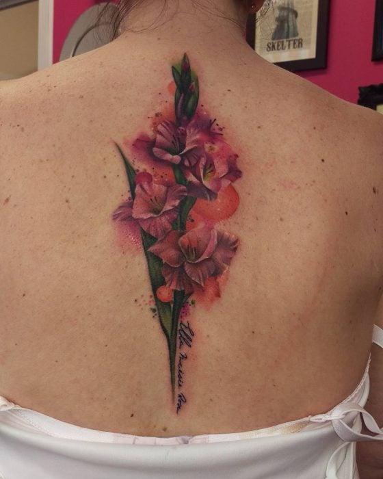 tatuaje de gladiolo