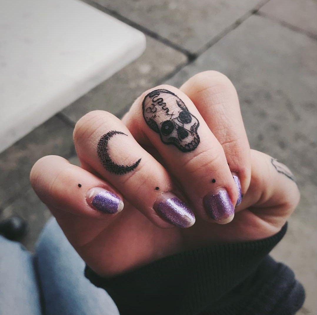 15 Tatuajes Que Te Puedes Hacer En Las Manos Y Lucen Genial