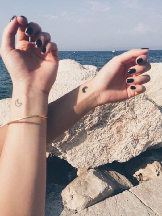 luna tatuajes
