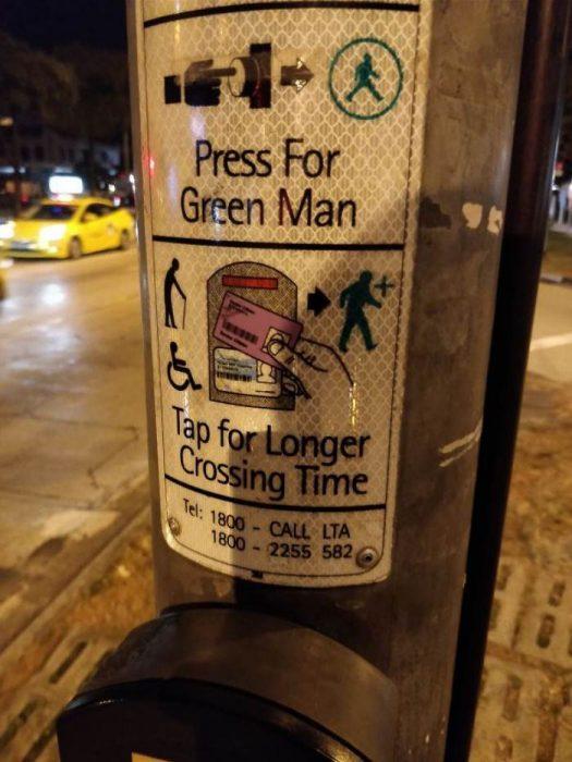 Botón de semáforo para ancianos y personas de capacidades especiales