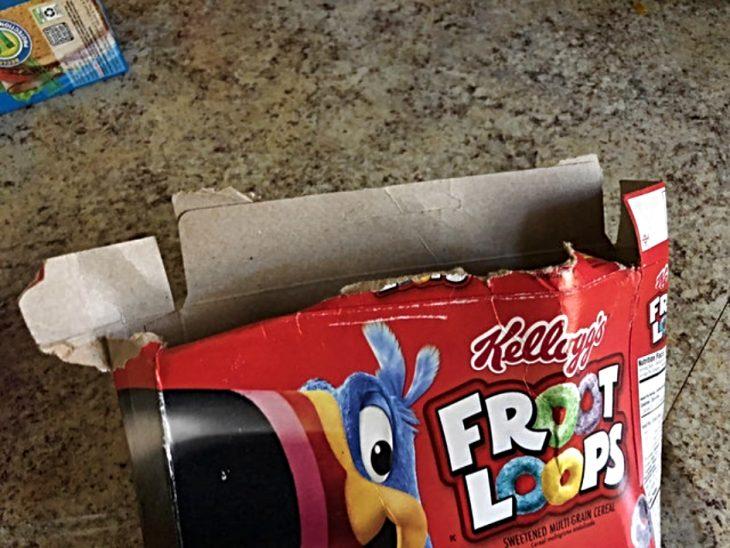 caja de cereal mal abierta