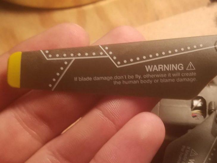 fail de traducción cuchilla voladora