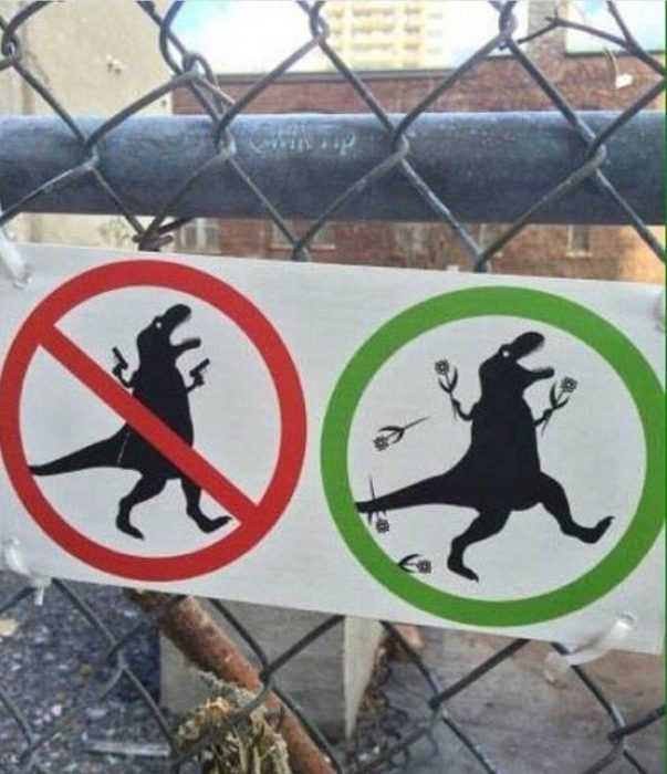 prohibidos dinosaurios armados